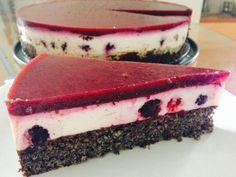 Makovo-tvarohová fitness torta s černicami Cheat Day, Ale, Cheesecake, Food And Drink, Fitness, Desserts, Poppy, Tailgate Desserts, Deserts