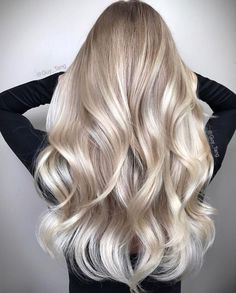 The Bright Side Gorgeous blonde balayage hairstyles. Balayage hair blonde with beautiful blonde stra Spring Hairstyles, Long Hairstyles, Wedding Hairstyles, Baby Blonde Hair, Brunette Hair, Blonde Hair Over 50, Healthy Blonde Hair, Gold Blonde Hair, Blonde Hair Goals