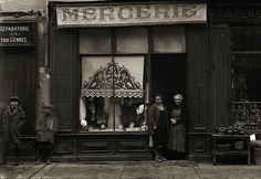 Photo ancien commerce Toulouse Mercerie Tissus Couture tirage repro an.1920