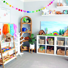 25 +> Clean playroom, children fed and bathed and I secretly count down the minute .- 25 + › Sauberes Spielzimmer, Kinder gefüttert und gebadet und ich zähle heimlich die Minute runter … Clean game room, children fed and bathed and … - Playroom Design, Kids Room Design, Playroom Ideas, Children Playroom, Kids Rooms, Small Playroom, Play Room Kids, Gray Playroom, Kids Playroom Storage