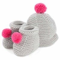 baby accessories l knitted hat and booties