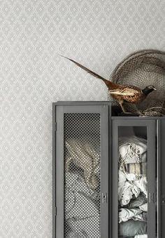 Tapetti Sandberg Viola sininen m non-woven Hallway Wallpaper, Wallpaper Decor, Vinyl Wallpaper, Bedroom Wallpaper, Wallpaper Jungle, Home Interior Accessories, Trellis Pattern, Inspirational Wallpapers, Scandi Style