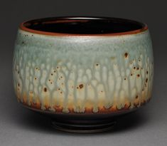 I want this bowl. the glaze is gorgeous! Slab Pottery, Pottery Bowls, Ceramic Pottery, Pottery Ideas, Glass Ceramic, Ceramic Bowls, Ceramic Art, Teapots And Cups, Teacups