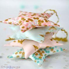 Fabric star tutorial by Torie Jayne