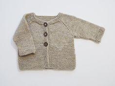 Thea Cardigan // Hand Knit Alpaca Baby V - Diy Crafts Knitting Patterns Boys, Knitting For Kids, Baby Knitting, Crochet Baby, Knitted Baby Cardigan, Cardigan Pattern, Jacket Pattern, Diy Crafts Knitting, Baby Alpaca