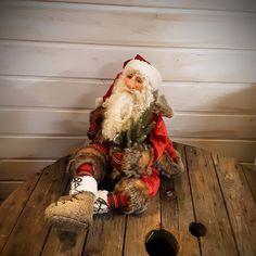 Santa Claus Doll - Art Doll - Doll - Father Christmas - Christmas Art Doll - Christmas Decor - Winter Decor - Polymer Clay Art - Christmas - by RustyDolls on Etsy Father Christmas, Christmas Christmas, Primitive Santa, Christmas Decorations, Holiday Decor, Polymer Clay Art, Art Dolls, Elf, Winter