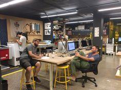 Fab Lab Musée de l'ingéniosité Armand Bombardier, Valcourt, Québec Innovation Lab, Innovation Centre, Fab Lab, Space Lab, Coworking Space, Woodworking Shop, Workshop, Desk, Interior Design