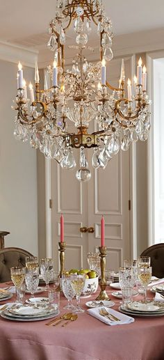 french flair simple and elegant table setting - Dining Room Crystal Lighting