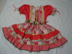 Vestido para festa junina em algodão, ótimo padrão de qualidade. Várias cores e modelos. Para festas caipira e de São João. Pronta entrega -TAMANHO 6 Medidas: Busto - 68 Cintura - 66 Comprimento - 68 R$ 129,90