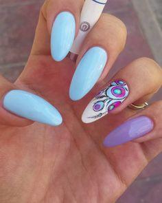 Accent Nails, Nail Nail, Women's Fashion, Finger Nails, Nail Art, Ongles, Fashion Women, Womens Fashion