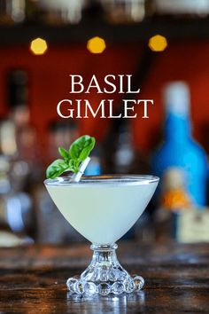 This Basil Gimlet is a twist on a classic gimlet cocktail. So easy to make, this Gimlet is full of flavor with gin, lime juice and basil simple syrup. Cheers! Gin Martini Recipe, Gimlet Recipe, Basil Gimlet, Basil Recipes, Easy Drink Recipes, Best Cocktail Recipes, Amigurumi