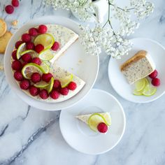 Makovo-tvarohový dort s limetami a malinami/Lime and poppy seed curd cheese cake with raspberries