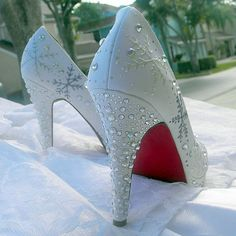 Absolutely love these! But why do all the cute shoes have to be peep-toe?! Wedding Shoes snowflakes Winter Wedding Red Soles by norakaren, $285.00