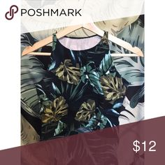 American Apparel Leaf Print Crop Stretchy leaf print crop top by American Apparel. Size not listed (sample product) but fits like a M/L. Only worn a few times! American Apparel Tops Crop Tops