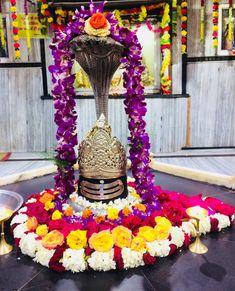 Har Har Mahadev Kali Shiva, Shiva Shakti, Lord Shiva Hd Wallpaper, Lord Shiva Family, Radha Krishna Images, Ganesha Art, Om Namah Shivaya, God Pictures, Happy Diwali