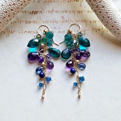 Gemstone Earrings Peacock Cluster Earrings, Teal Gemstone Earrings, Amethyst Cluster Dangle, Bohemian Cluster Earrings Peacock Cluster Earrings Teal Gemstone Earrings A. Wire Jewelry Earrings, Bead Jewellery, Gemstone Jewelry, Beaded Jewelry, Fine Jewelry, Dangle Earrings, Silver Jewelry, Custom Jewelry, Handmade Jewelry