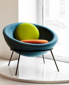 Bowl chair by Lina Bo Bardi