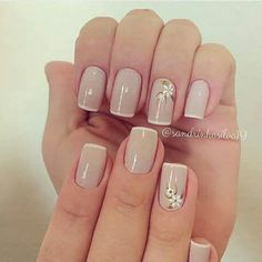 Opting for bright colours or intricate nail art isn't a must anymore. This year, nude nail designs are becoming a trend. Here are some nude nail designs. Neutral Nails, Nude Nails, Pink Nails, My Nails, Beautiful Nail Art, Gorgeous Nails, Matte Nail Art, Acrylic Nails, Nail Decorations