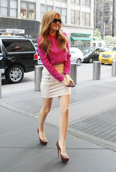 Isla Fisher - Isla Fisher Greets Her Fans in NYC