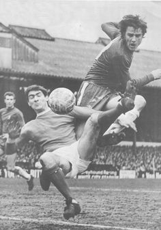 Chelsea 3 Man Utd 2 in March 1969 at Stamford Bridge. Ian Hutchinson shoots for goal Class Games, Stamford Bridge, Manchester United Football, Premier League, 2 In, First Love, March, Muscle, Chelsea Football
