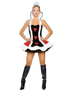 A fantasia de rainha de copas é mais fácil de conseguir do que aquilo que você pensa! Confira as nossas dicas :) #fantasias #carnaval