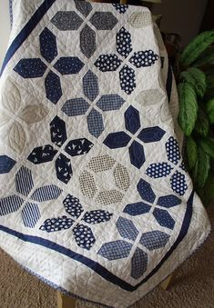 An Exclusively Annie's Quilt Design! Use your favorite jelly roll ... : navy white quilt - Adamdwight.com