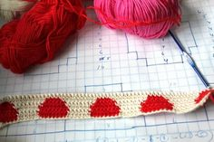 little woollie: Tapestry crochet - the spotty one