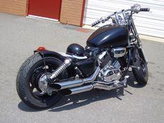 magna Honda Magna Bobber, Honda Bobber, Honda 750, Victory Motorcycles, Cool Motorcycles, Honda Shadow, Harley Davidson, Bike, Bobbers