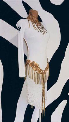 49 Super Ideas For Latin Dancing Sfondi Ballroom Costumes, Dance Costumes, Latin Ballroom Dresses, Latin Dresses, Figure Skating Dresses, Dance Fashion, Dance Outfits, Dance Wear, Latina