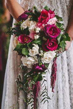 Berry pink rose and amaranthus wedding bouquet | Aparat Photography