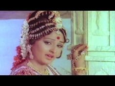 Good morning!! Lets start the day by watching a super hit dance song 'Parbat Ke Is Paar' from the movie #Sargam