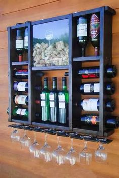 Cute wine storage shelf DIY, with pdf pattern and instructions on how to built it! Wood Projects, Woodworking Projects, Wine Rack Design, Creation Deco, Wine Cabinets, Wine Storage, Record Storage, Storage Rack, Bars For Home