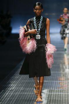 53054a1741718 498 Best F fashion images   Fashion show, Man fashion, Moda masculina