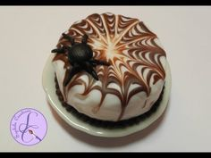 Tutorial: Spider Cake in fimo per Halloween (Spide Cake in polymer clay) [eng-sub] - YouTube