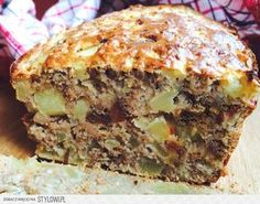 Dietetyczne ciasto FIT - bez cukru i tłuszczu | Mamolka… na Stylowi.pl Healthy Desserts, Healthy Cooking, Healthy Recipes, Low Carb Recipes, Cooking Recipes, Breakfast Menu, Polish Recipes, Cakes And More, Diy Food