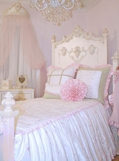 Miss Princess Bed Linens ~ Rosenberry Rooms - Beautiful, I love the whole room, the bed, the chandelier, all of it! Decoration Shabby, Shabby Chic Decor, Rustic Decor, Girls Bedroom, Bedroom Decor, Bedroom Ideas, Bedroom Furniture, Fancy Bedroom, Bedroom Benches