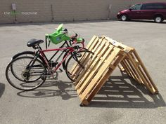 DIY Portable Pallet Bike Rack // The Haas Machine