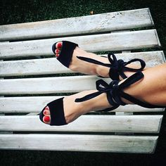 Sexy is always a good idea, Lala #plataforms #sandals #designer #fashion #heels #velvet #handmade #colombia #chic #sexyshoes #loveshoes