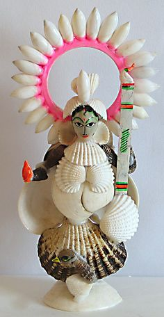 Devi Saraswati - Goddess of Music and Knowledge (Shell))