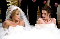 Kate Hudson stars as Liv and Anne Hathaway stars as Emma in Fox 2000 Pictures' Bride Wars Photo credit by Claire Folger. - Movie still no 4