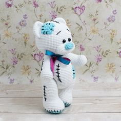 How precious is this crochet teddy bear! Crochet bear is a classic gift that can brighten any occasion. This Teddy Bear Crochet Pattern is free. Just sign up! Crochet Amigurumi Free Patterns, Crochet Animal Patterns, Stuffed Animal Patterns, Crochet Dolls, Doll Patterns, Crochet Teddy Bear Pattern Free, Crochet Crafts, Crochet Clothes, Dinosaur Stuffed Animal