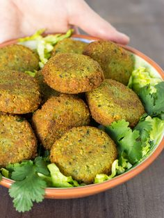 ( ^o^ ) Falafel Veggie Recipes, Real Food Recipes, Vegetarian Recipes, Cooking Recipes, Healthy Recipes, Low Cal, Middle East Food, Healthy Snacks, Healthy Eating