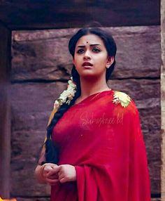 Keerthi Suresh Keerti Suresh, Indian Face, Most Beautiful Indian Actress, Movie Photo, South Indian Actress, Beautiful Saree, India Beauty, Heroines, Telugu