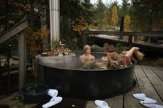 Immeisenkeittopata aka how to cook humans in a pot.   ...Just kidding. It's a hot tub at Finnish Järvisydän spa