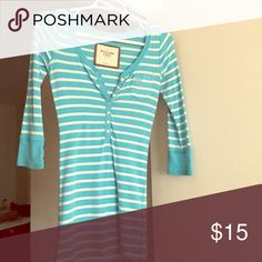 Abercrombie top Light blue striped 3/4 sleeve top from Abercrombie. Excellent condition. Hardly worn Abercrombie & Fitch Tops Tees - Long Sleeve