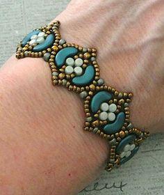 Linda's Crafty Inspirations: Bracelet of the Day: Fina Bracelet - Mint & Petrol
