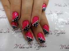 I don't like how long the nails are, but nice design