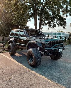 Jeep Xj, Jeep Truck, Jeep Wrangler, Lifted Jeep Cherokee, Extreme 4x4, Dropped Trucks, Custom Jeep, My Ride, Hot Cars