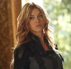 Adriana Palicki: Bobbi the Mockingbird on SHIELD ~ HER HAIR I WANT HER HAIR