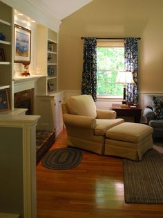 """Like how the room  doesn't necessarily """"revolve"""" around the fireplace--could do chaise lounge instead of chair/ottoman"""